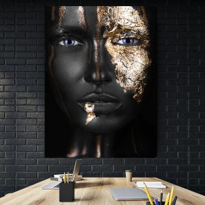 Tablou Canvas Golden Girl Blue Eyes